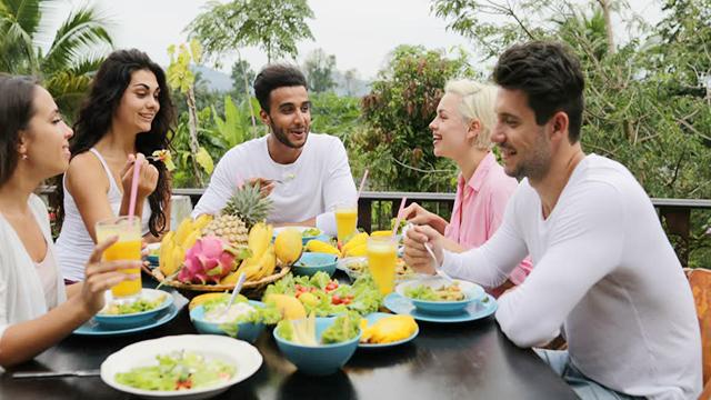 bệnh nhân ung thư cần ăn uống như thế nào