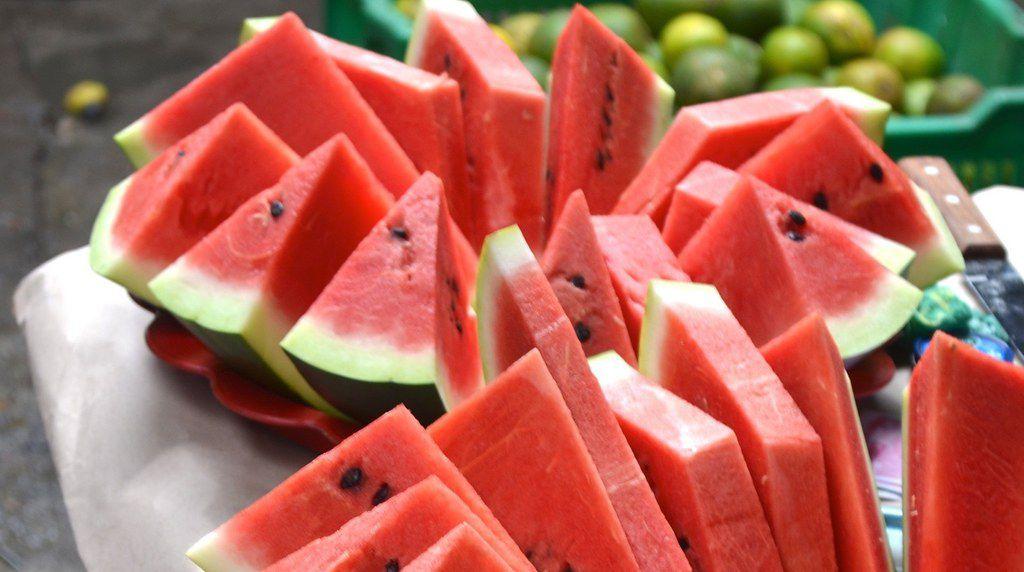 Món ăn vặt giảm cân dưa hấu