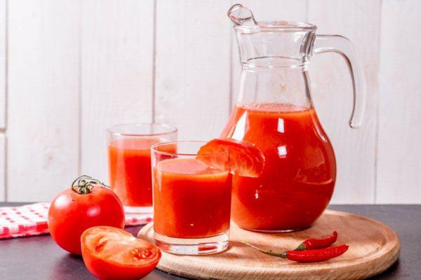 Món ăn vặt giảm cân nước ép cà chua