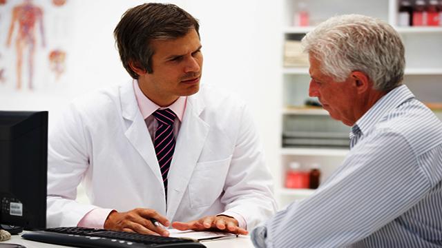 Tư vấn bác sĩ về làm giảm các triệu chứng trong quá trình điều trị ung thư